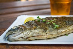 Léto, Grilované ryby, pivo, co víc si přát?